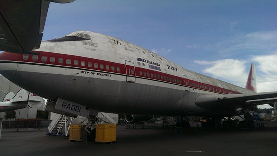 The Museum of Flight: N7470 City of Everett. The first 747 ever built.