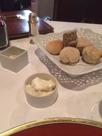 Restaurant Il Desco: pane e mousse al gorgonzola