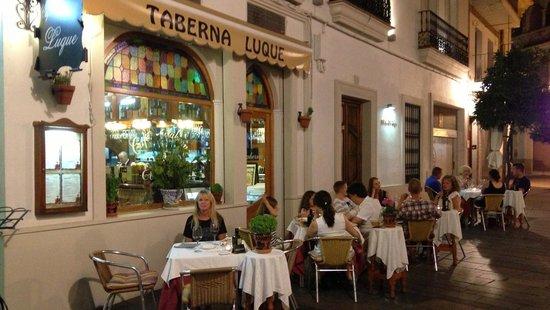 Taberna Luque: The restaurant