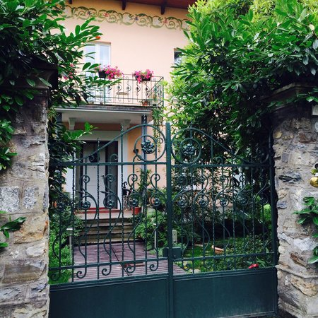 Casabella B&B: Entrance