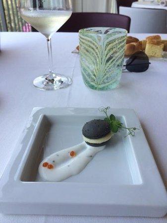 Ristorante Vecchia Malcesine: macaron cioccolato bianco e...