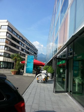 Radisson Blu Hotel, Luzern: View of the mountain outside the hotel