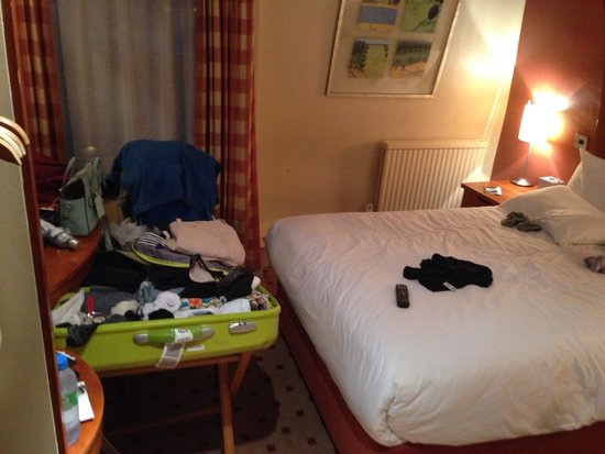 Corus Hotel Hyde Park London: Rooms clean but ours was very small