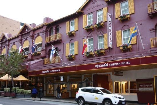 Miss Maud Hotel : Miss Maud taken from across the street.