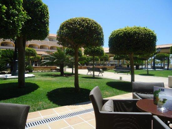Iberostar Andalucia Playa: Patio