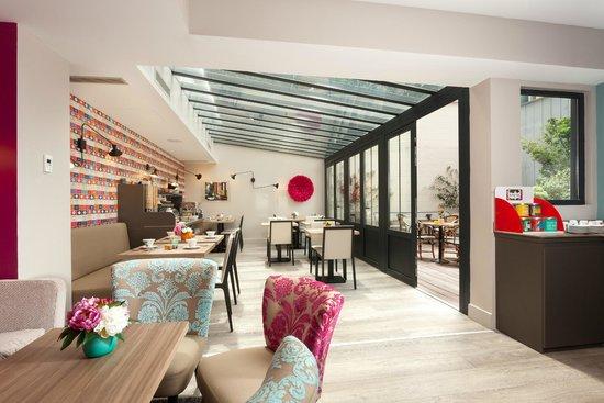 Hotel Vic Eiffel : Salle de petit-déjeuner