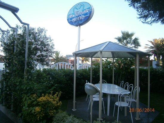 Hotel La Maestra : giardino