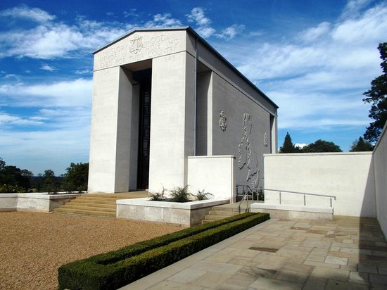 Cambridge American Cemetery and Memorial: Chapel with British Isles Map in relief.