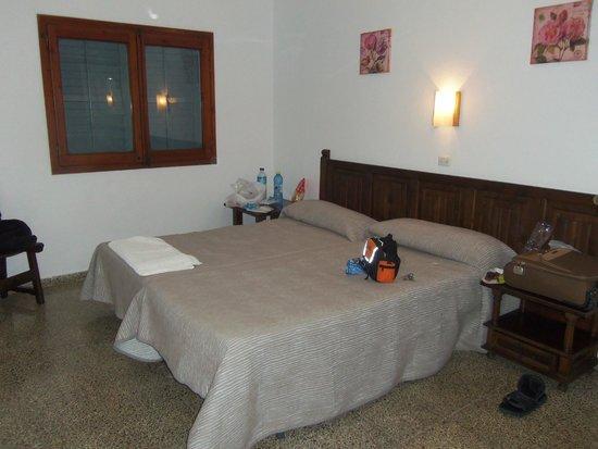 Hostal Las Nieves: Room 206