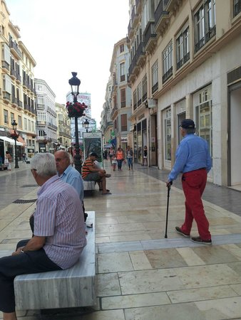 Calle Larios: On Street Seating