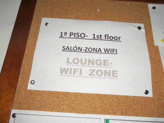 Hostal Las Nieves: Wifi only in the 1st floor in the salon