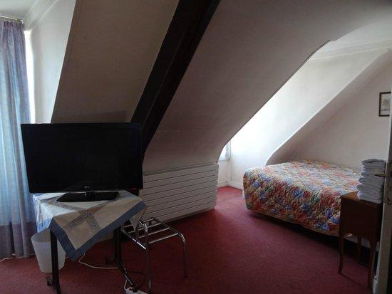 Hotel Cluny Sorbonne : habitación triple