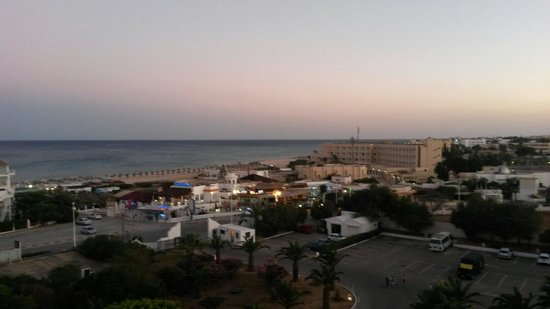 Hotel Club President: Vista camera al tramonto