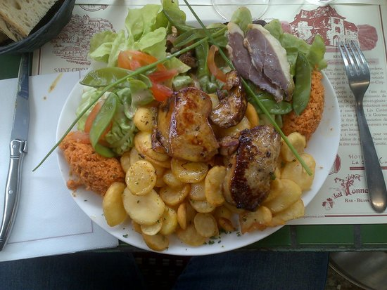 La Tonnelle : Salade foie gras magret fumé
