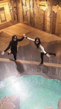 Trick Art Museum Korea: seperti diatas jembatan kayu