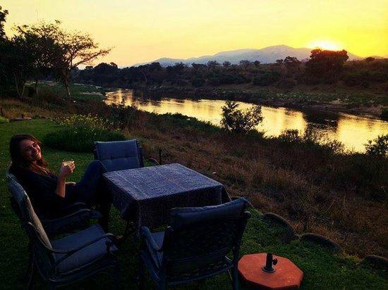 Khandizwe River Lodge: View over the Kruger Park