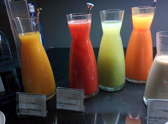 Carris Cardenal Quevedo: zumos naturales de frutas y verduras increibles