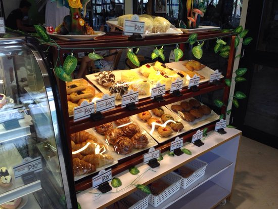 Paradise Garden Resort Hotel & Convention Center Boracay: Pastries all lined up and very affordable.
