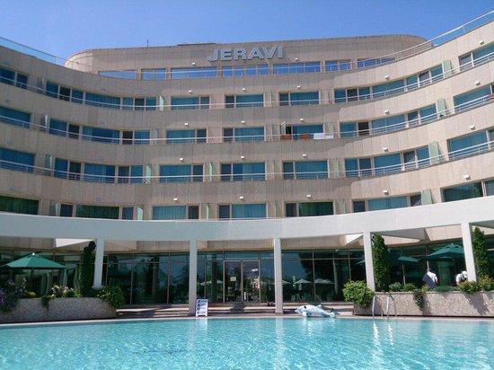 Jeravi Hotel : June 2014 amazing holiday
