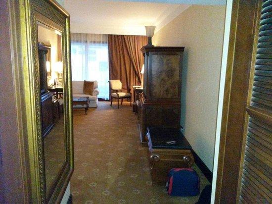Jood Palace Hotel Dubai: Bed room