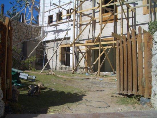 SUNRISE Arabian Beach Resort -Grand Select- : Baustelle