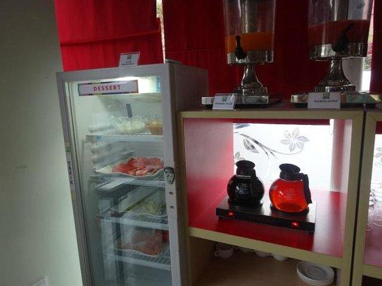 Ibis Styles Yogyakarta: breakfast