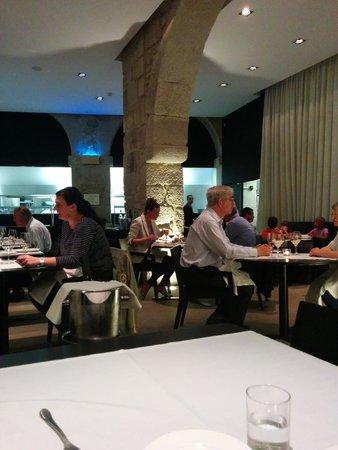 Carris Porto Ribeira : restaurante cena