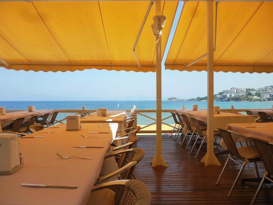 Marti Beach Hotel : Терраса