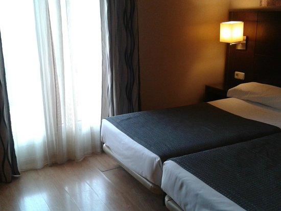 Hotel Ganivet: Номер