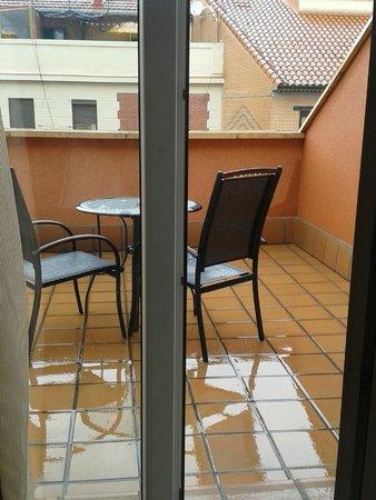 Hotel Ganivet: Вид на террасу