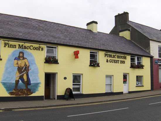 Finn MacCool's Public House and Guest Inn : Nice familydriven place