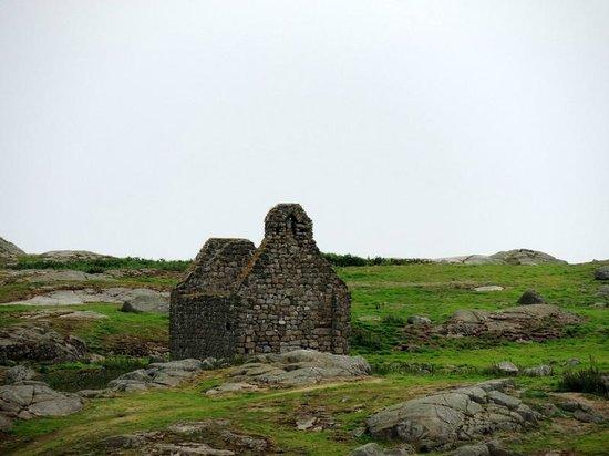Dalkey Island: St. Begnet's Church