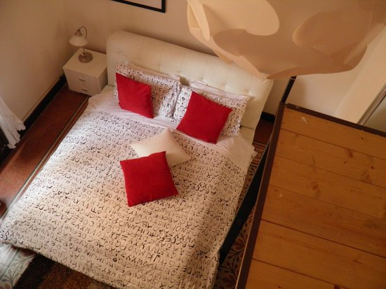 Caesar's Rooms: cama confortable