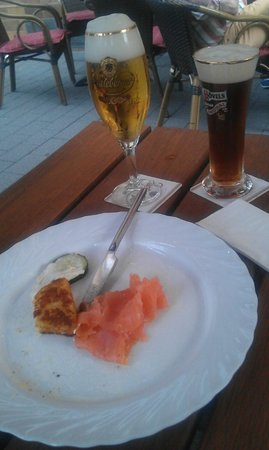 Radeberger Stubb: Salmão com meerrettich