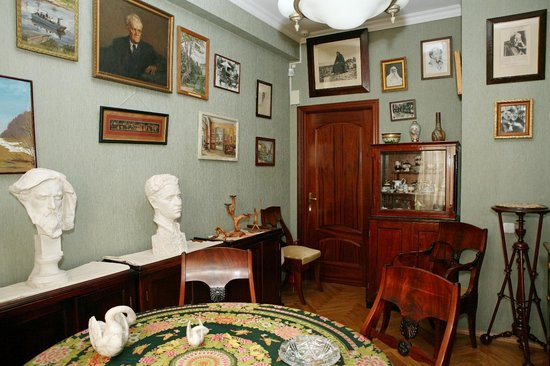 ‪A. Goldenveizer's Apartment Museum‬