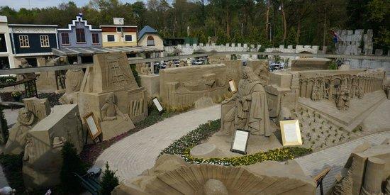 't Veluws Zandsculpturenfestijn