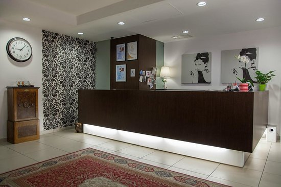 Hotel Benaco: Reception