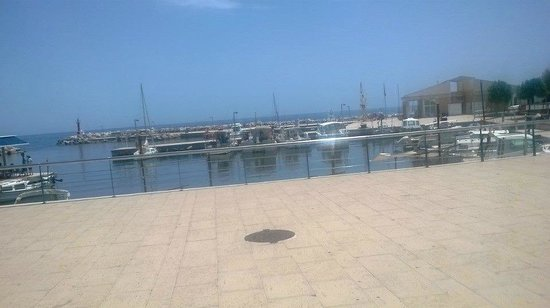 Protur Floriana Resort: marina view while eating at the rope and anchor