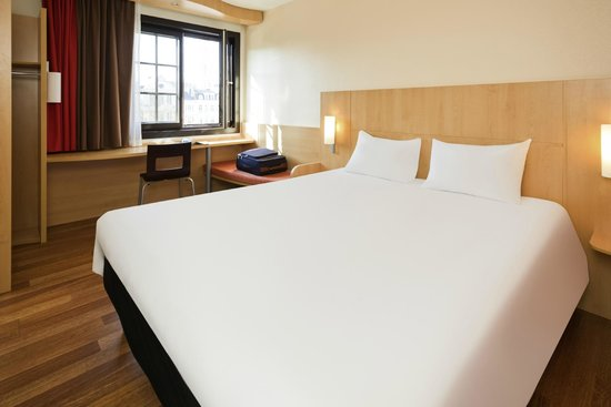 Ibis Brussels off Grand Place : chambre double / double room