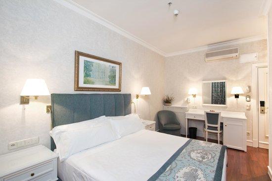 Hotel Atlantico: Habitación