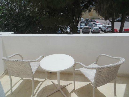 Acqua Vatos Santorini Hotel: Balcony