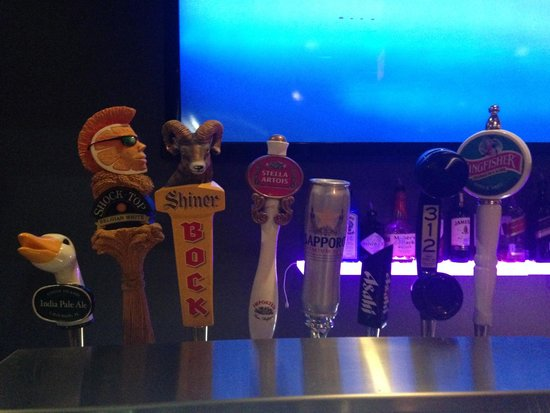 Bombay Sizzlers Pub & Grill: Tap Beer