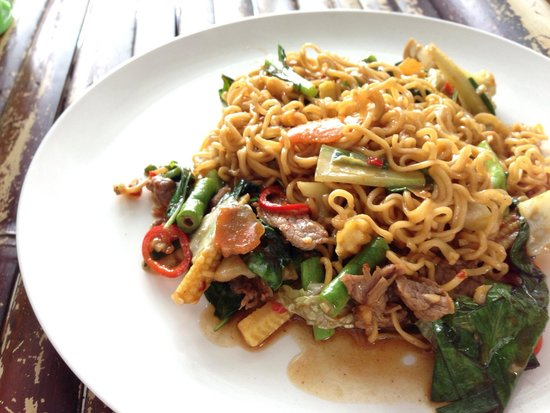 Ao Nang Boat Noodle: Fried Mama Noodles