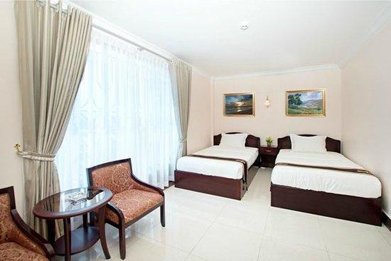 Rain Rock Hotel : Deluxe twin bed room