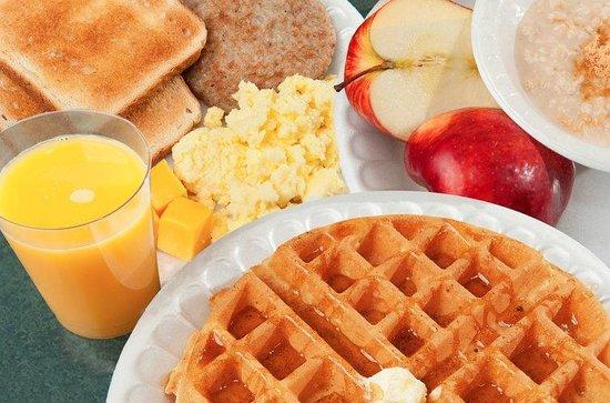 JC Chalet: wife's breakfast