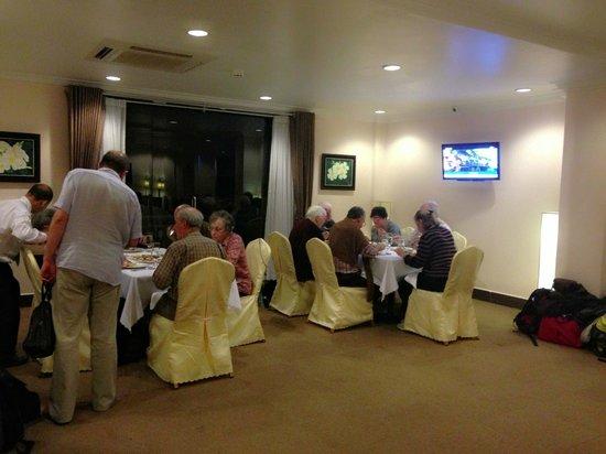 Rain Rock Hotel: Guest's Dinner
