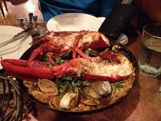 Street and Co. : Lobster Diavolo - enough to feed 4!