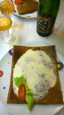 Chateau Quelennec Maison D'hote : Mouth watering crepes