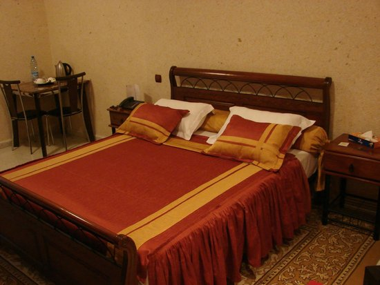 Palace Appart Hotel: Chambre Grand Lit