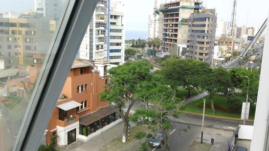 Hotel Runcu Miraflores : Vista desde la habitacion del frente